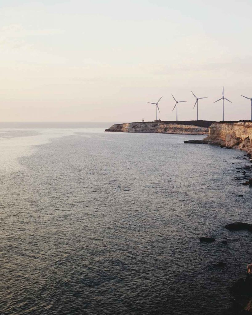 4 Ways To Save Energy & The Planet